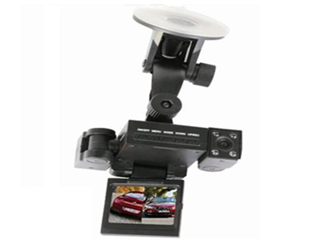 מצלמה לרכב עם 2 מצלמות